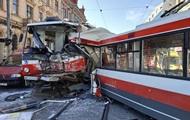В Чехии 25 человек пострадали в лобовом столкновении трамвая и троллейбуса