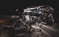 Под Киевом автомобиль на большой скорости перевернулся и загорелся