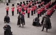С почетным караулом выступили герои Игры престолов