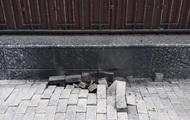 В Киеве возле российского посольства произошел взрыв