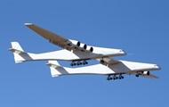 Крупнейший в мире самолет совершил первый полет