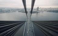 В Киеве мужчина прыгнул с моста
