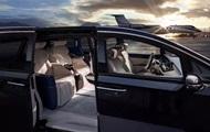 Buick показал в Шанхае роскошный минивэн GL8