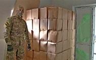 В Крыму контрафактный спирт перевозили в бутылках для детской воды