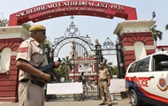 Тисячі туристів спішно покидають Шрі-Ланку - ЗМІ