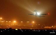 Появилось видео посадки самолета с горящим двигателем