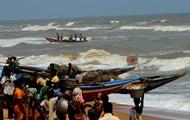 В Индии из-за циклона начали массовую эвакуацию