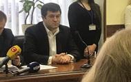 Суд оставил Насирову загранпаспорт