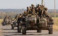 Полторак повысил зарплаты военным Донбасса