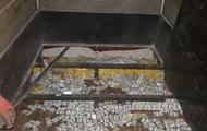 Украинец пытался вывезти контрабандные сигареты в двойном днище авто