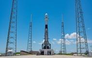 SpaceX вновь отложила запуск ракеты с 60 спутниками