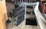 На Закарпатье обнаружили 73 ящика сигарет в доме лесника