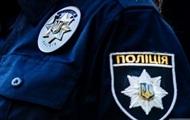 В Ужгороде полицейский влетел в бетонную стену на служебном авто