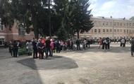 В школе Винницы распылили газ, есть пострадавшие