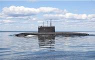 Российская подлодка проводит учения в Черном море