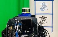 Робот с первой попытки воссоздал Мону Лизу