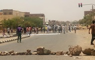 Число погибших при разгоне палаточного городка в Судане выросло до 100