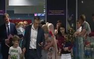 В Украину вернули 10 детей, мать которых арестовали в Грузии