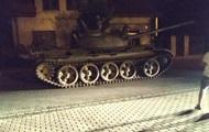 В Польше пьяный мужчина угнал советский танк и катался по центру города