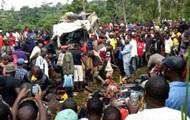 В Камеруне столкнулись автобус и грузовик: 22 жертвы