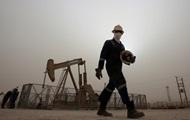 Нефть завершила неделю падением ниже $65