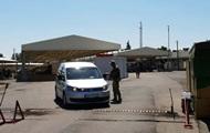 На КПП на Донбасі застрягли 250 автомобілів
