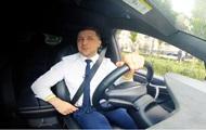 Зеленский за рулем Tesla обратился к украинцам