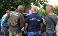 Чиновников винницкой таможни задержали на взятках