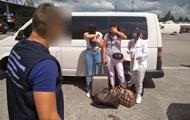 На границе с Польшей задержали бельгийца, пытавшегося продать трех украинок
