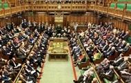 Парламент Британии создал барьер для