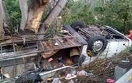 В аварии с экскурсионным автобусом в Мексике погибли 15 человек photo
