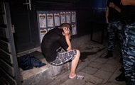 В Киеве мужчина с ножом напал на посетителей кафе