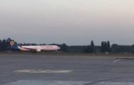 В Борисполе экстренно сел Boeing с украинскими туристами