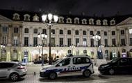 В Париже лже-принцесса украла из бутика дорогие украшения - СМИ