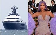 Самая молодая миллиардерша арендовала яхту за 250 миллионов