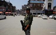 Пакистан приостановил торговлю с Индией из-за Кашмира