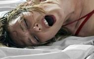 Громкий секс пары вынудил женщину жестоко отомстить