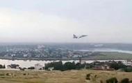 Жителей Николаева испугал штурмовик Су-25, летавший над домами