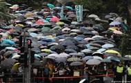 У Гонконзі на масштабну акцію протесту вийшли вчителі