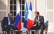 После встречи с Путиным Макрон написал в соцести на русском