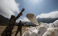 Непал запретил одноразовый пластик при восхождении на Эверест