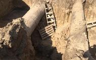 Мужчину засыпало в котловане на стройке в Ровно