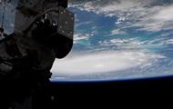 NASA показало устрашающий ураган Дориан из космоса