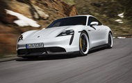 Porsche показала перший серійний електрокар