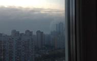 В Киеве районы Позняков и Осокорков затянуло дымом