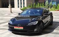 Илон Маск опроверг слухи о подаренной Лукашенко Tesla