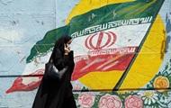 В Иране женщина сожгла себя, потому что ее не пустили на стадион