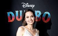 Анджелина Джоли усыновит седьмого ребенка