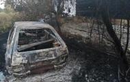 Під Києвом згоріли три будинки і п'ять авто через спалювання трави