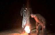 """Сенцов спалив """"найбільш ненависну річ на світі"""""""